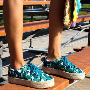 Shoes - LAST PAIR!!//The Ray// Summer print Espadrille